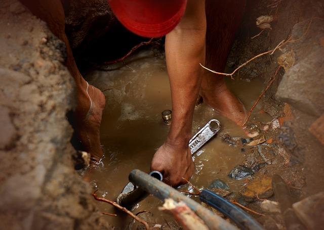 oprava potrubí.jpg