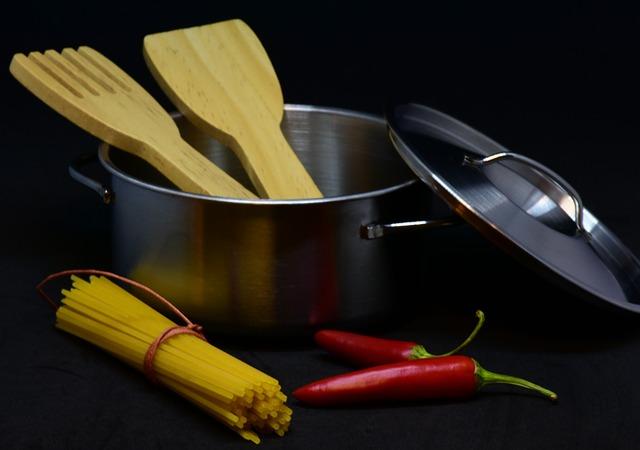 hrnec na špagety