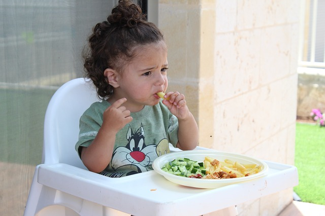 stravování dítěte