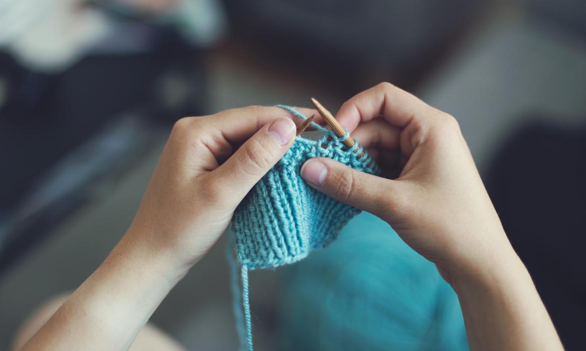 pletení šatů